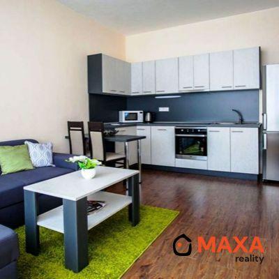 Dvojizbový byt, centrum, Senica