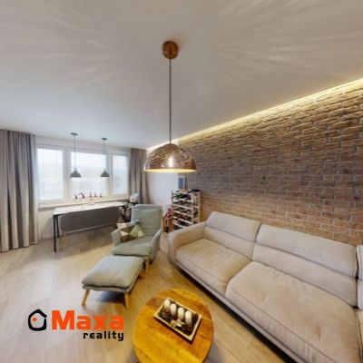 Krásny trojizbový veľkometrážny byt, Čínsky múr, Prievidza
