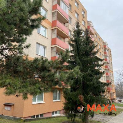 Zaujímavá ponuka veľký zrekonštruovaný trojizbový byt v Senici.