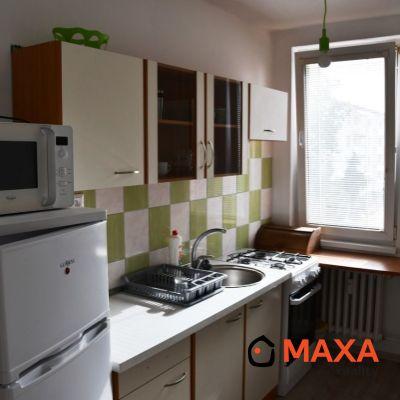 Prenájom jednoizbový byt, Štefánikova, Senica